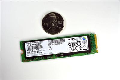 img_PCI-Express-SSD-02-0
